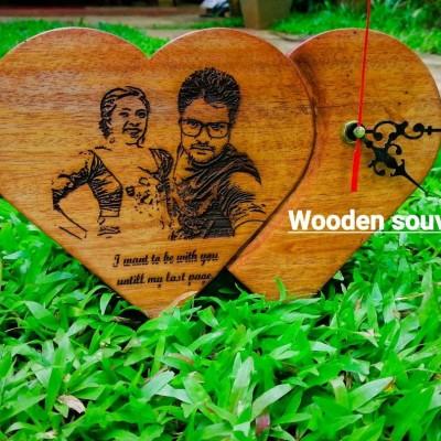 Wooden souvenirs Profile Picture