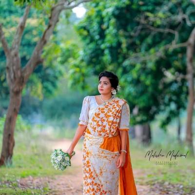 Batik Saree Profile Picture
