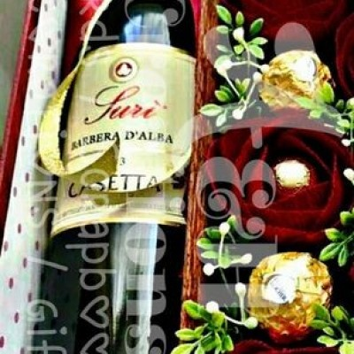 flower & Chocolate with liquor bottle Gift Pack Profile Picture